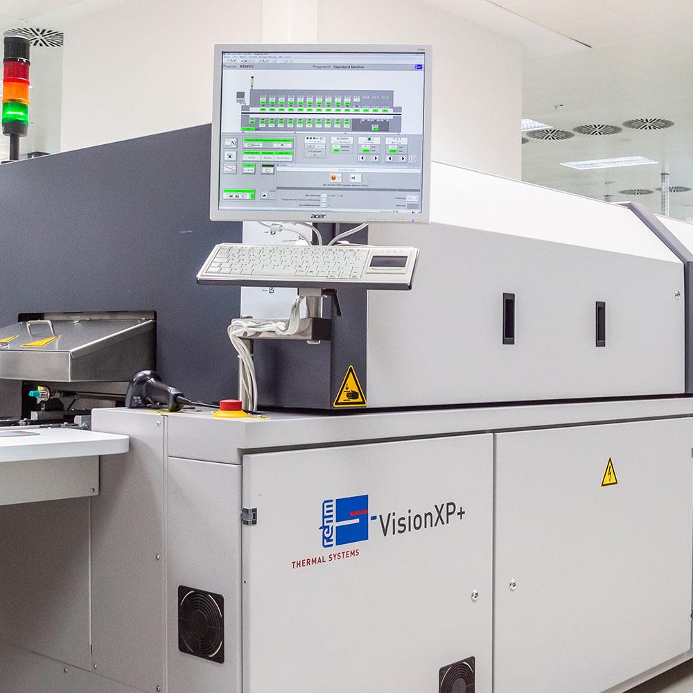 systemova technologie vyroba technologie smt pajeni obvodove desky