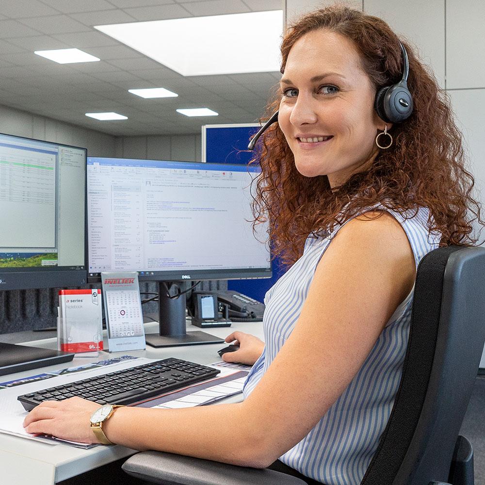 Systémová technologie zákaznický servis desky s plošnými spoji elektronika poskytovatel služeb